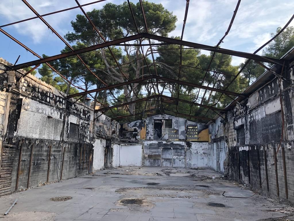 Art Plus Cadre Vitrolles déconstruction d'un restaurant détruit par un incendie à