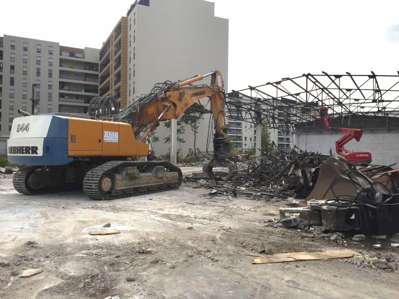 Bureau D Étude Béton Marseille démolition hangar industriel avec confortement à marseille